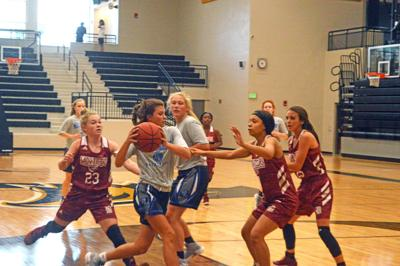 Basketball play dates fun, helpful for players