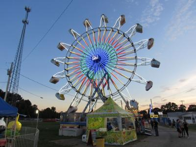 Carnival to remain another week at arena