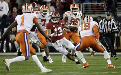 Ruggs: Tide aiming to be 'just like any other Alabama team'