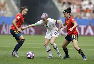 U.S. slips past Spain, advances to World Cup quarterfinals