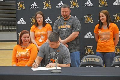 Athens' Rinke to walk on at Tennessee