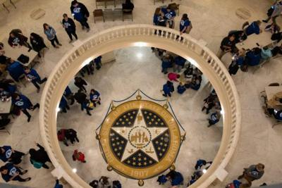 Legislators file bills curtailing virtual charter school practices