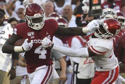 Oklahoma's O-line passes first test together
