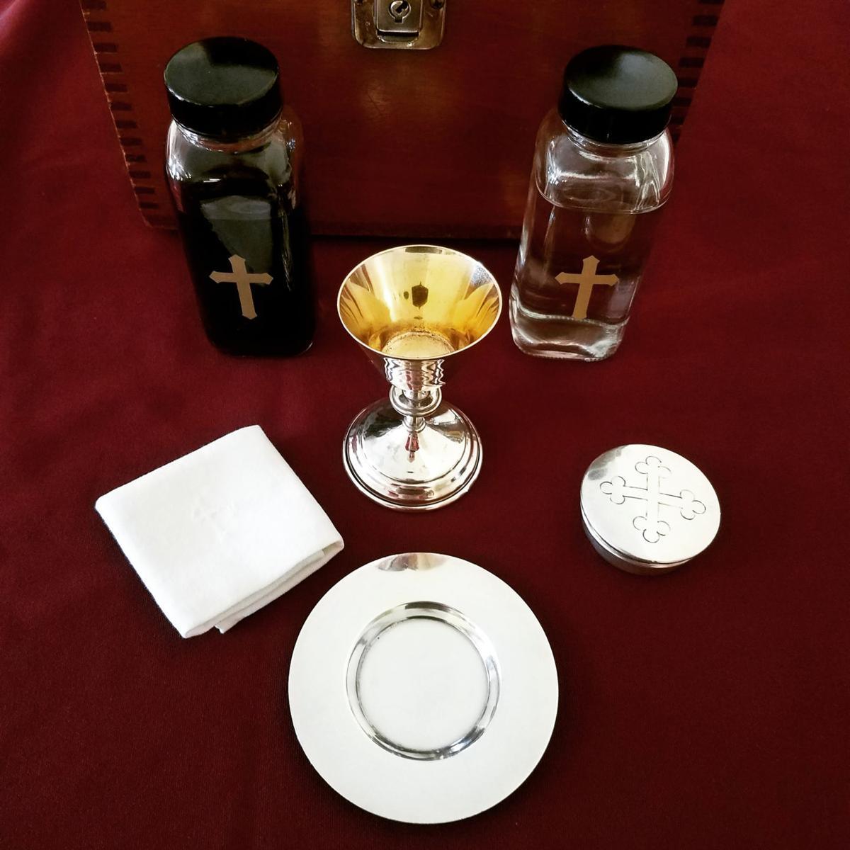 Eucharist4.jpg