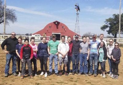 Nazarene youth group devotes spring break to serving others