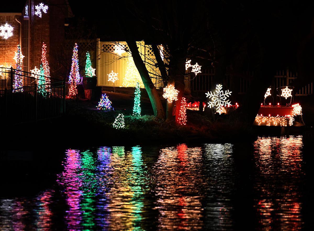 Christmas Lights 23 BH.jpg