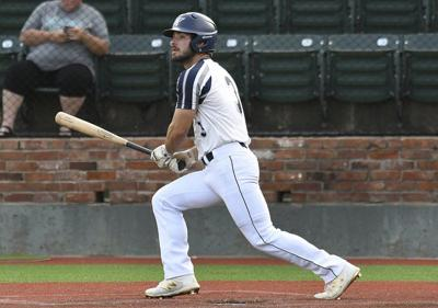 Majors, Plainsmen riding hot streaks