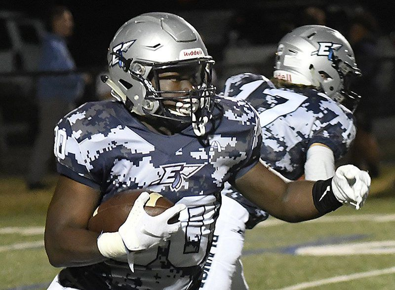 EHS seniors, small in number, persevered through tough season