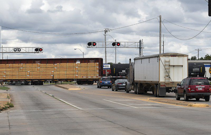 BNSF sues over law allowing fines for trains blocking roads