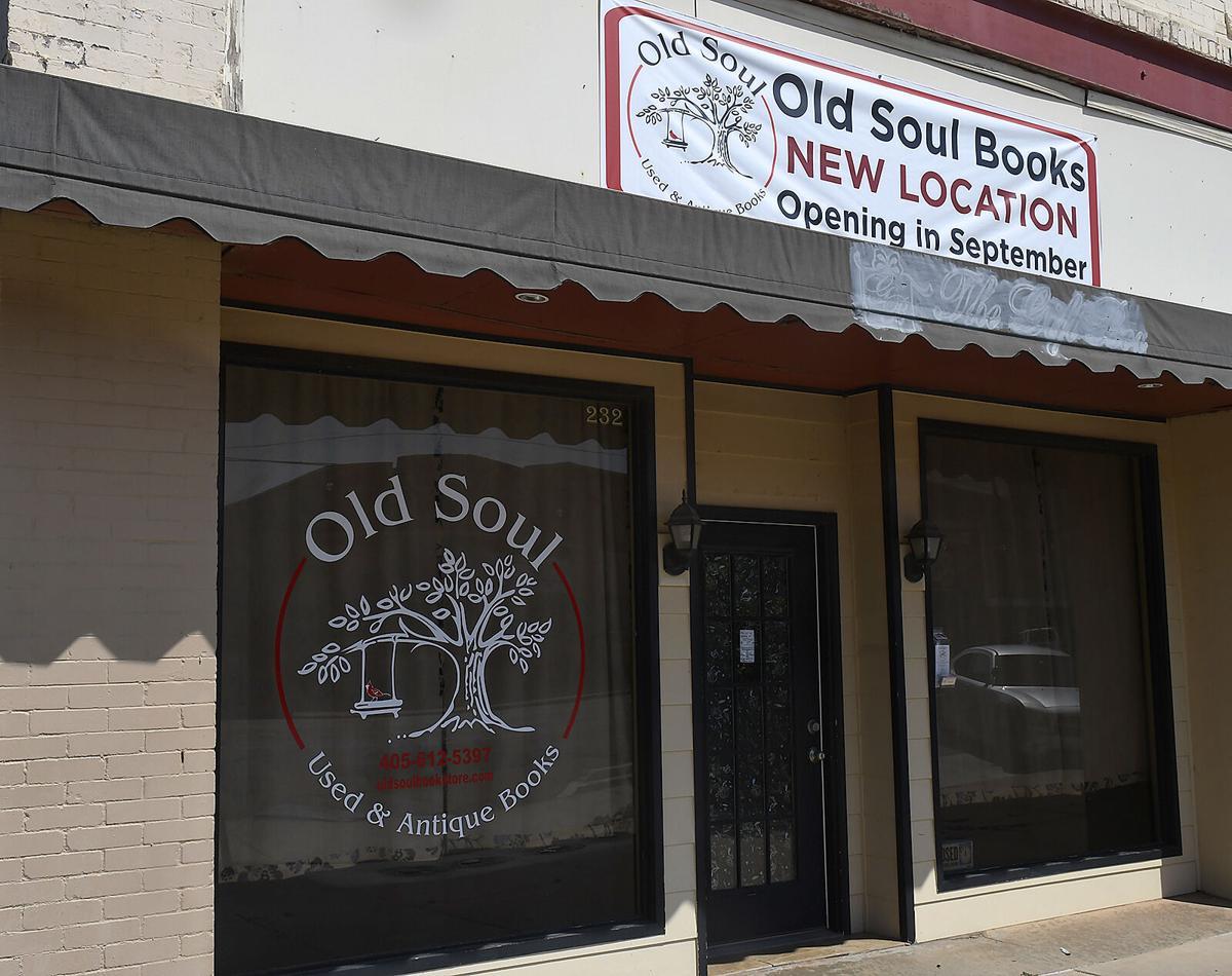 210909-news-bookstore 2 BH.jpg