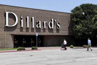 6d8cde7b3ad Oakwood Mall ownership discusses Dillard's departure; city retail ...