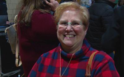 Former Oklahoma teacher in Iowa to witnesses caucuses