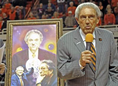 Report: Oklahoma State's Eddie Sutton headed to Hall of Fame