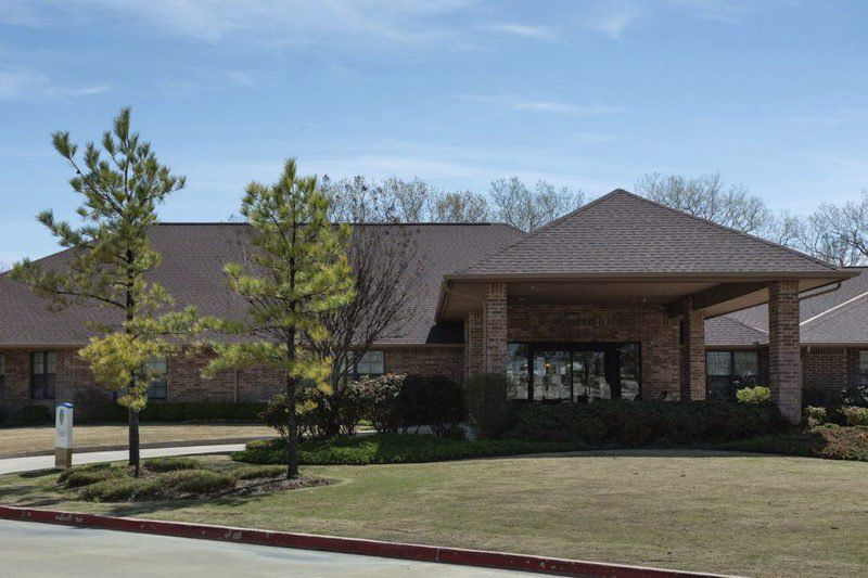 5 residents at Norman nursing home have died of COVID-19