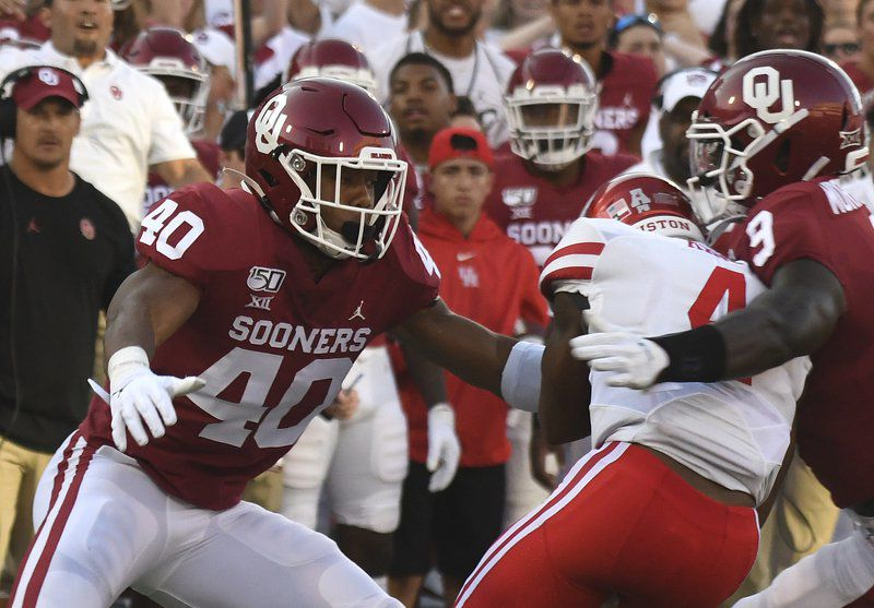 Oklahoma's revamped defense passes first test with Houston victory
