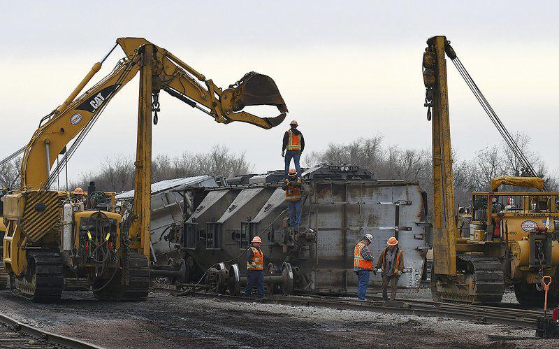 Train derails in North Enid Tuesday morning