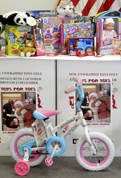 Christmas Toys For Tots Application : Toys for tots seeking applicants and volunteers local