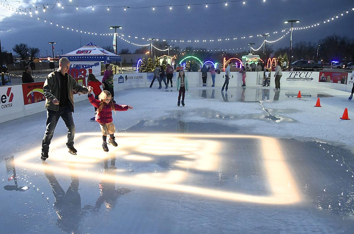 201121-news-ice rink opening 3 BH.jpg