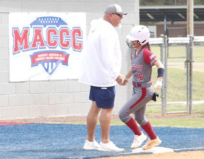 SMCC softball gets weekend sweep of Coahoma