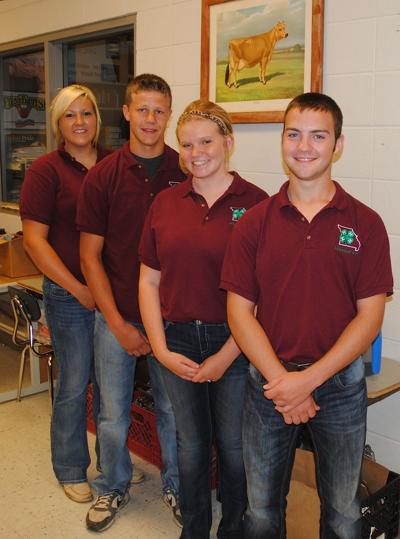 Missouri 4-H Dairy Judging Team excels overseas