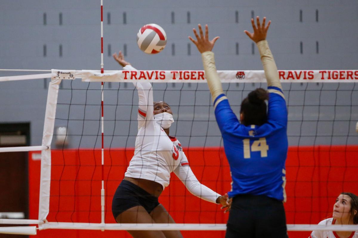 092821_Travis_Elkins_Volleyball-34.jpg