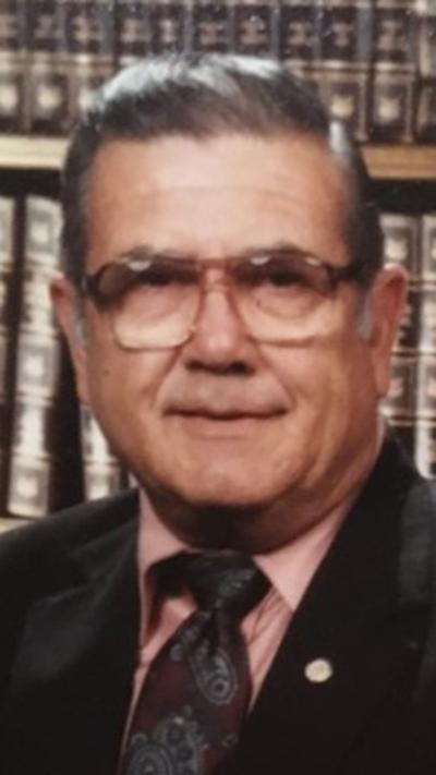 Roberto G. Vela