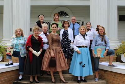 ANNUAL CANDLELIGHT TOURS SET FOR DECEMBER 4 & 5