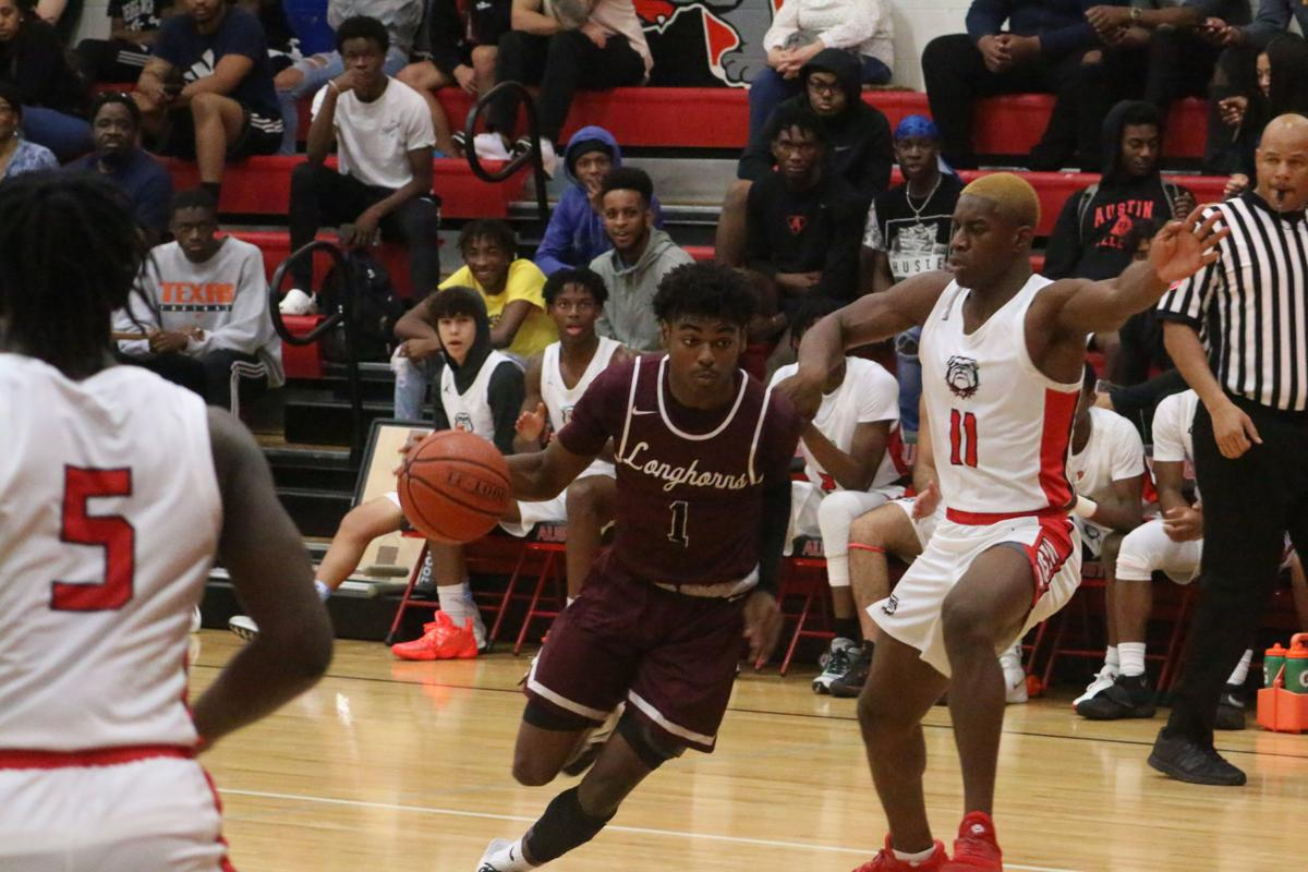 George Ranch beats Bulldogs, 62-40