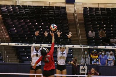 Longhorns swept out of 6A playoffs