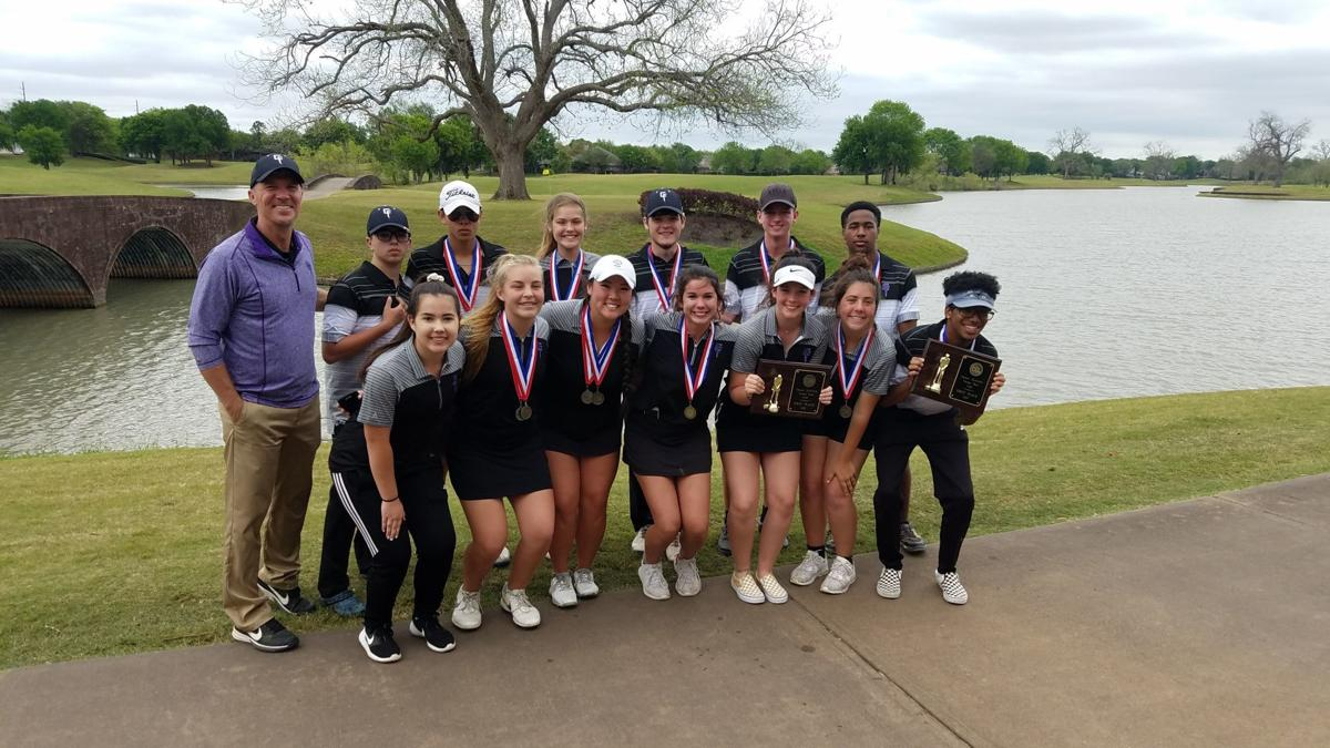Chargers celebrate winning district golf titles