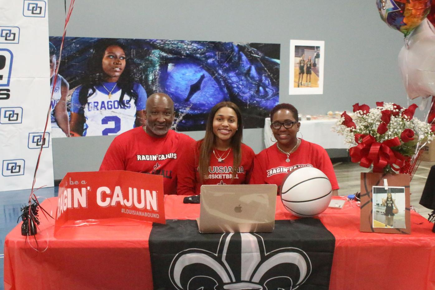 Foster's Blanton signs with Ragin' Cajuns