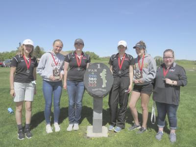 0522.WCA.girls.golf