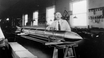1926: Robert H. Goddard