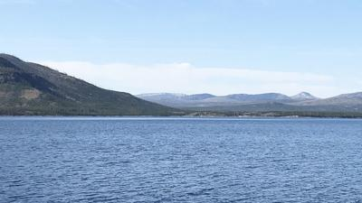 Yellowstone Lake offers remote boating, camping experience
