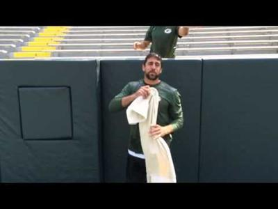 Slideshow: Wisconsin politicians and athletes take the #IceBucketChallenge