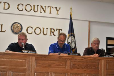 Fiscal court voids vehicle purchases, seeks bids