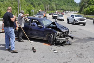 Ky  80 crash leads to two arrests | News | floydct com
