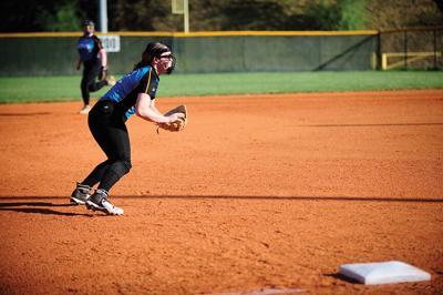 4-13 floyd central Katie Moore (fielding).jpg