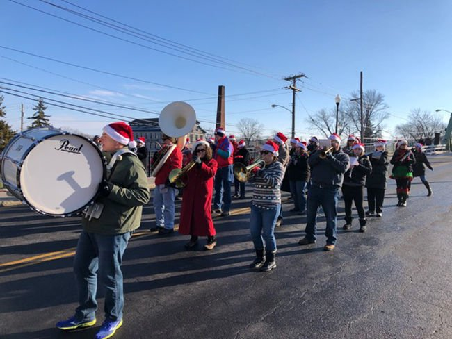 'Mediocre' marching band tuning up for Wonderful Life parade