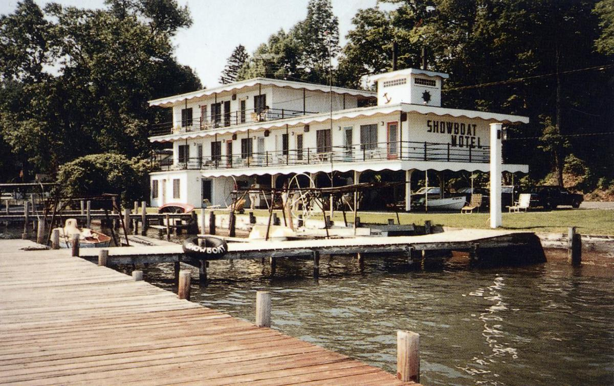Showboat old