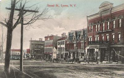 A look at Broad Street in Lyons from the past