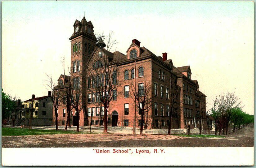 Lyons Union School