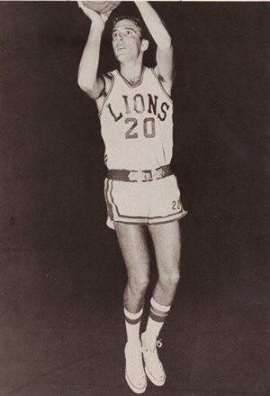 Jeff Fitch playing for East Texas State basketball