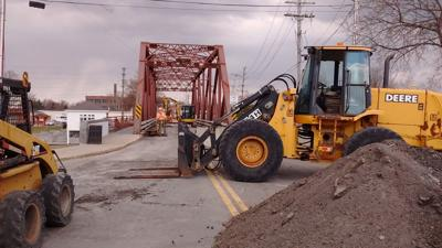 Work on Newark's East Avenue Bridge underway