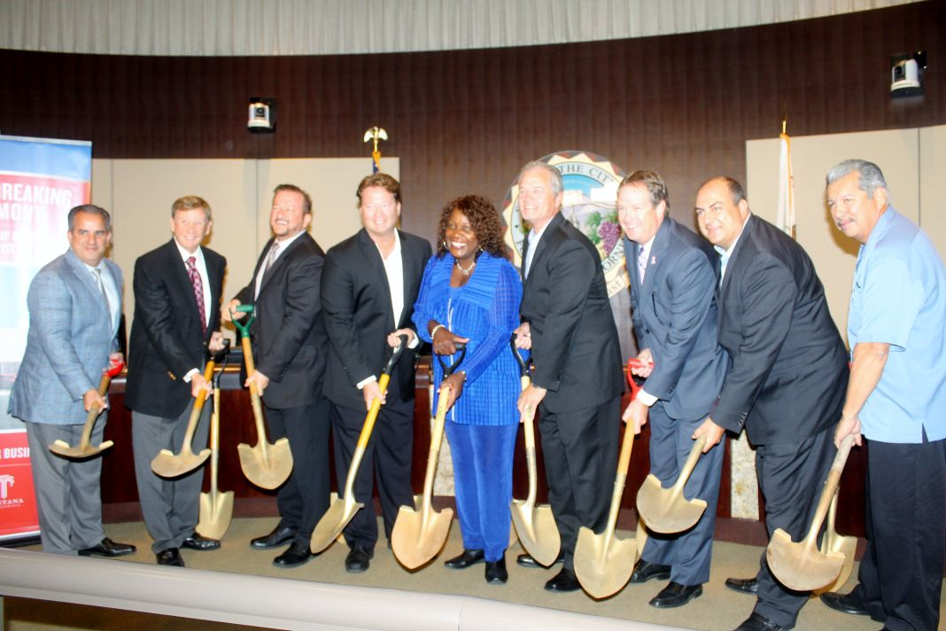 Valley Kia Holds Groundbreaking Ceremony For Its New
