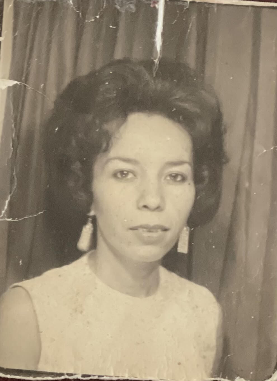 Christine M Navarro