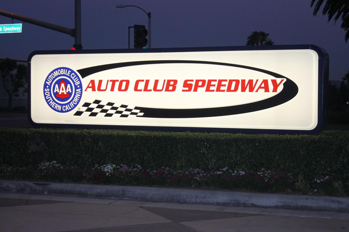 holiday lights experience featuring more than 400 led displays and digital animations will take place at auto club speedway in fontana from nov