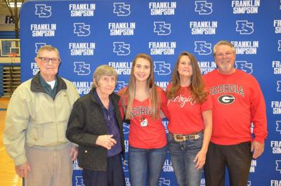 Jones signs letter of intent with University of Georgia