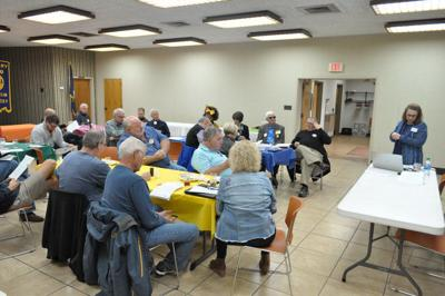 Extension agent speaks at Franklin Rotary meeting