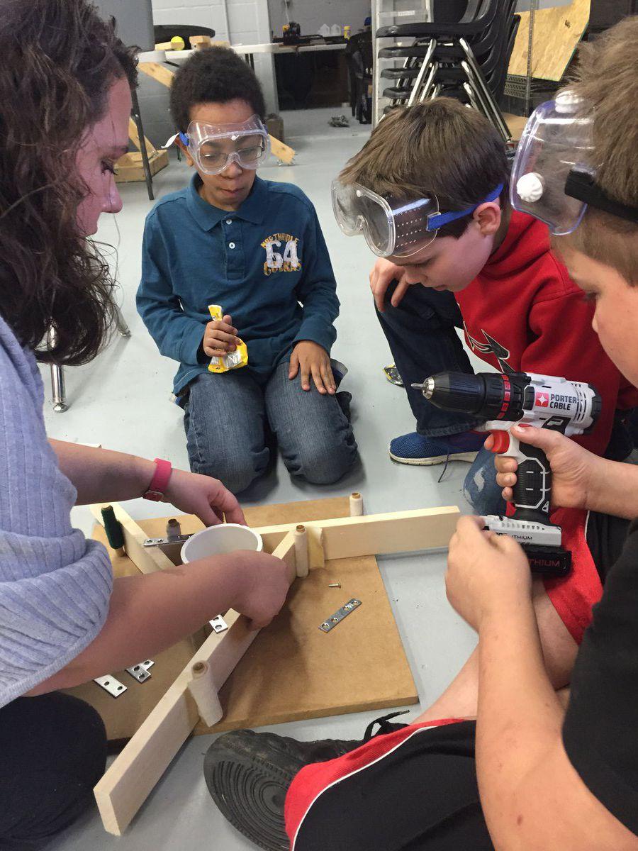 Students participate in telescope-building workshop
